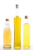 Flaschen Olivenöl und Weinessig Stockbild