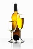 Flaschen und Gläser Wein Stockfoto