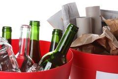 Flaschen und Papier Lizenzfreie Stockfotos