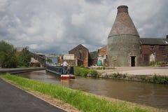 Flaschenbrennofen und Kanal - industrielles England Lizenzfreies Stockfoto