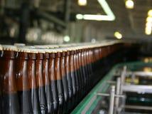 Flaschentransporteinrichtung Lizenzfreies Stockfoto