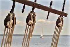 Flaschenzug auf einem Segelboot Lizenzfreies Stockfoto