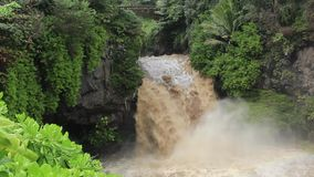 Flash flood on the Seven Sacred Pool