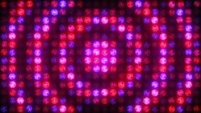 Flashes circulaires d'un mur bleu de lumière rouge de rose banque de vidéos