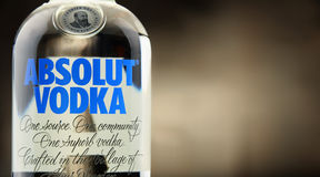 Flaska av Absolut vodka Arkivfoton