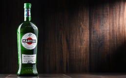 Flaska av Martini, berömd italiensk vermut Arkivfoton