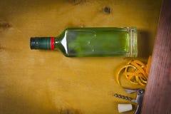 Flaska med absint Royaltyfria Foton