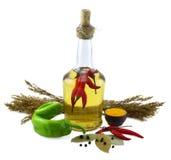 Flaska med röda peppar Royaltyfri Fotografi