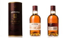 flaskan av enkel malt, tolv gamla år kväv whiskyaberlour w Fotografering för Bildbyråer