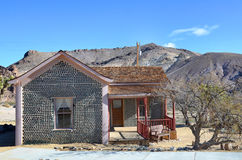 Flaskhus i Rhyolite, Nevada, USA Royaltyfri Fotografi