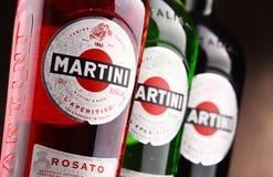 Flaskor av Martini, berömd italiensk vermut Fotografering för Bildbyråer
