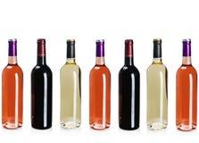 Flaskor av vin av olika typer Arkivfoton