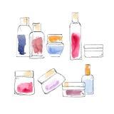 Flaskor, liten medicinflaska och krus Royaltyfri Foto
