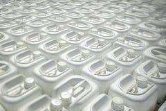 Flaskor med bekämpningsmedel Arkivbilder