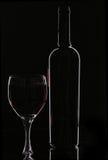 flaskrött vin royaltyfri fotografi