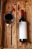 flaskrött vin Royaltyfri Bild