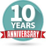 Flat design 10 years anniversary label with red ribbon, vector i. Llustration Stock Image