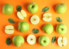 Free Flat Lay Composition Of Fresh Ripe Green Apples On Background Stock Image - 158870991