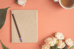 Free Flat Lay Notebook And Rose Placed On A Red Desk Royalty Free Stock Photos - 97420498