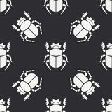 Flat line vector seamless pattern wildlife fauna bug, scarab. Simplified retro cartoon style. Insect. Beetle. Entomology. Nature ornament. Forest life Royalty Free Stock Photos