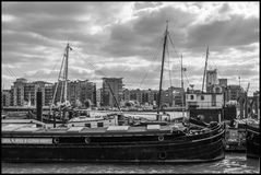 flatboat Στοκ εικόνες με δικαίωμα ελεύθερης χρήσης