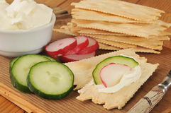 Flatbread crackers with cream cheese Royalty Free Stock Photos