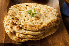 Flatbread fait maison de Naan d'Indien image stock