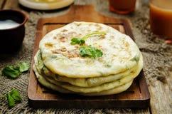 Flatbread farcito patata indiana Immagine Stock Libera da Diritti