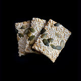 Flatbreads de la semilla del sésamo y de calabaza Foto de archivo