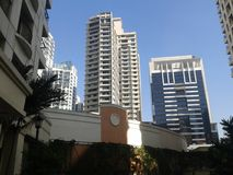 Flatgebouw met koopflats Manilla Filippijnen royalty-vrije stock afbeeldingen