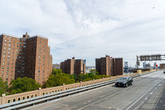Flatgebouw met koopflatsgebouwen in New York, de V.S. Royalty-vrije Stock Foto's