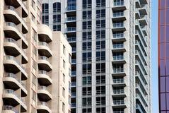 Flatgebouwen met balkons Royalty-vrije Stock Foto