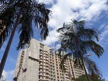 Flatgebouwen met koopflats in aanbouw Royalty-vrije Stock Afbeelding