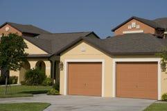 Flatgebouwen met koopflats in Florida Royalty-vrije Stock Afbeeldingen