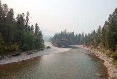 Flathead i Łaciasty Niedźwiadkowy rzeki miejsce spotkania w Bob Marshall pustkowia terenie podczas 2017 spadków ogieni w Montana  Obraz Stock