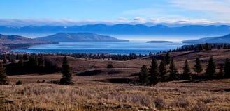 Flathead sjö från ovannämnda Elmo Arkivbild