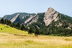 FlatIrons岩层巨石城科罗拉多 免版税图库摄影