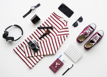 Flatlay der Ausstattung für Reise lizenzfreie stockfotografie