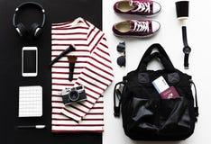 Flatlay strój dla podróży fotografia stock