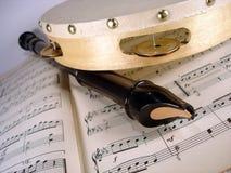 Flauta y pandereta Fotografía de archivo libre de regalías