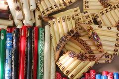 Flautas y flautas de la cacerola imagenes de archivo