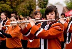Flautistas de la muchacha en desfile de la juventud Fotografía de archivo libre de regalías