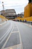Flavian amfiteater som är bekant som Coliseum Arkivbilder
