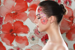 Flawers e ragazza Fotografie Stock
