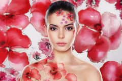 Flawers et fille image stock