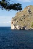 Flöde de Pareis - fjärd för Sa Calobra i Majorca Royaltyfri Foto