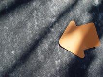 flecha del post-it fotos de archivo libres de regalías