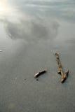 Flecha en la playa Foto de archivo libre de regalías
