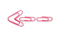 Flecha rosada aislada del paperclip Imagenes de archivo