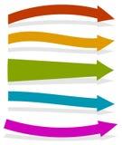 Flechas coloridas que señalan a la derecha forma 5 y colores Foto de archivo